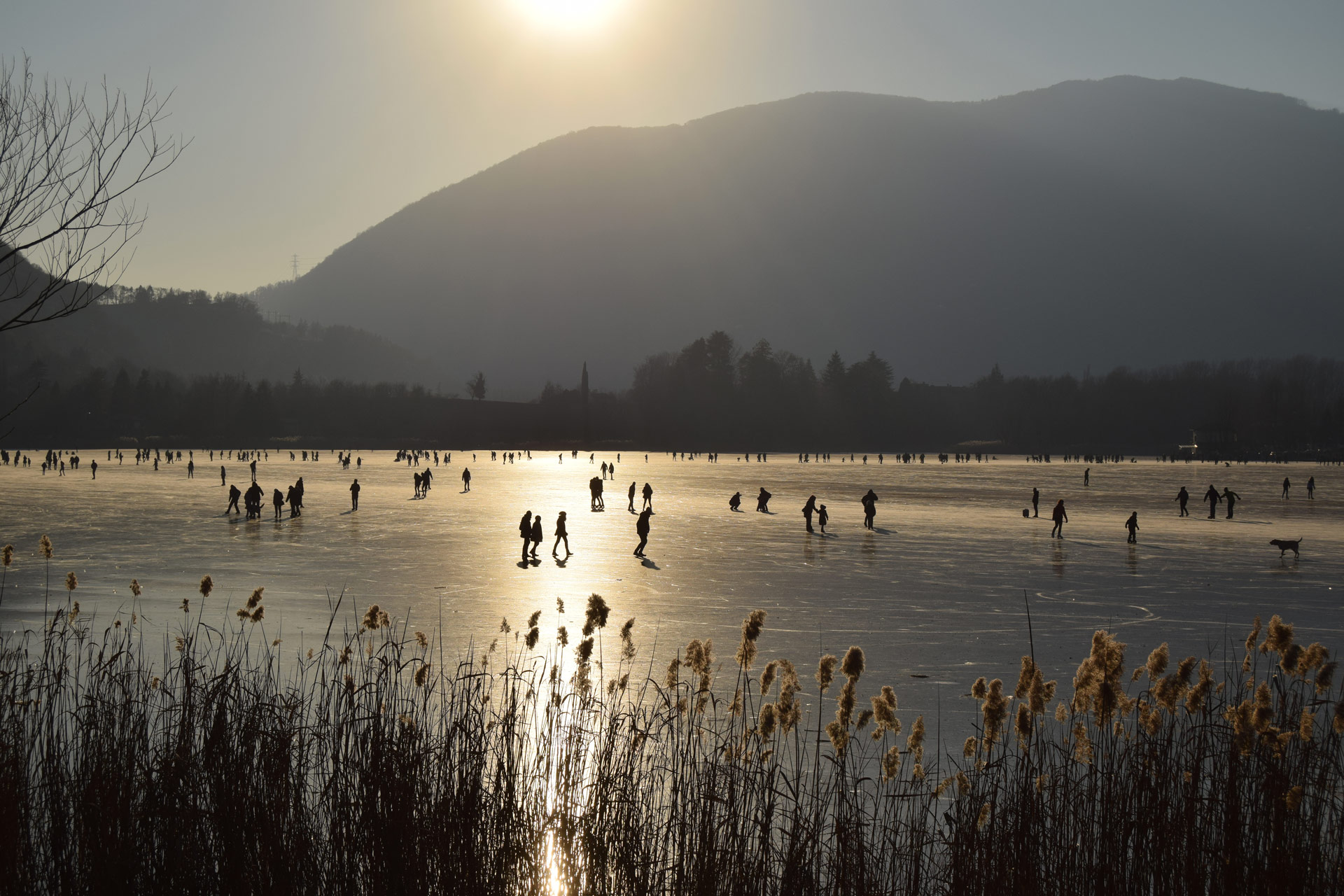 Fun on the ice - Lake Endine - Bergamo - Italy