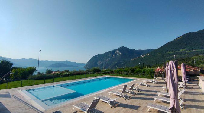 Evelin Sozzi Gestioni Immobiliari - Affittasi casa vacanza Riva di Solto