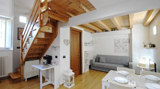 Evelin Sozzi Gestioni Immobiliari - Affittasi casa vacanza a Clusone