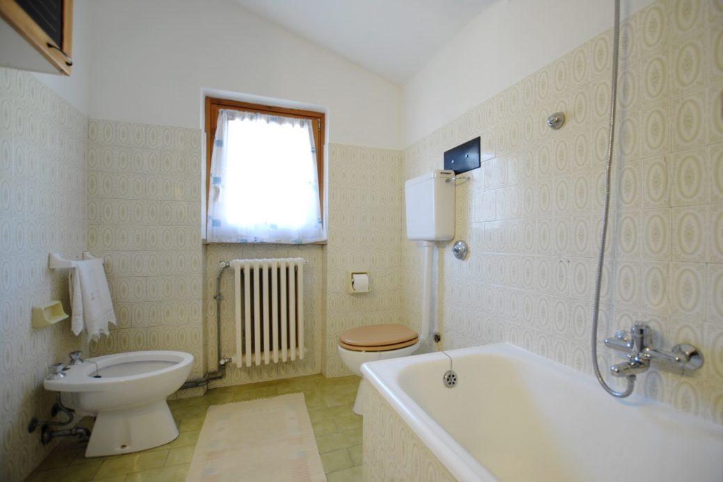 Evelin Sozzi Gesioni immobiliari – Affittasi mansarda arredata a Rovetta