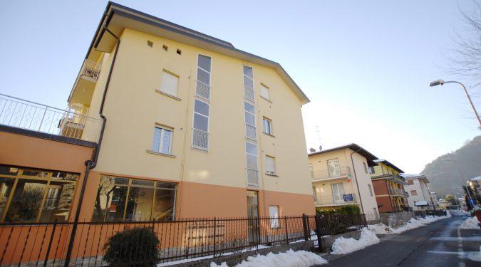 Evelin Sozzi Gestioni Immobiliari - Vendesi ampio appartamento a Clusone