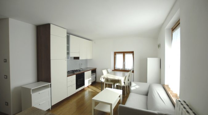 Evelin Sozzi Gestioni Immobiliari - Affittasi trilocale in centro a Clusone