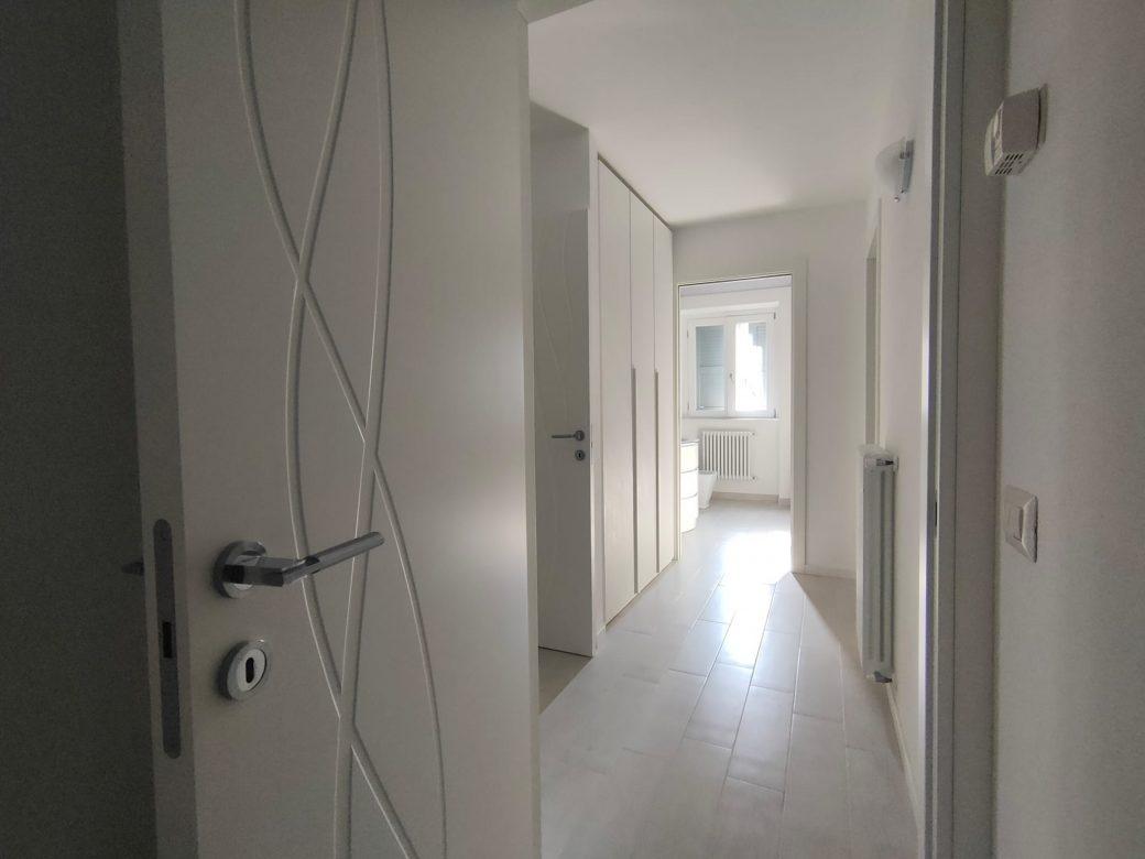 Evelin Sozzi Gestioni Immobiliari – Affittasi appartamento ristrutturato in centro a Clusone