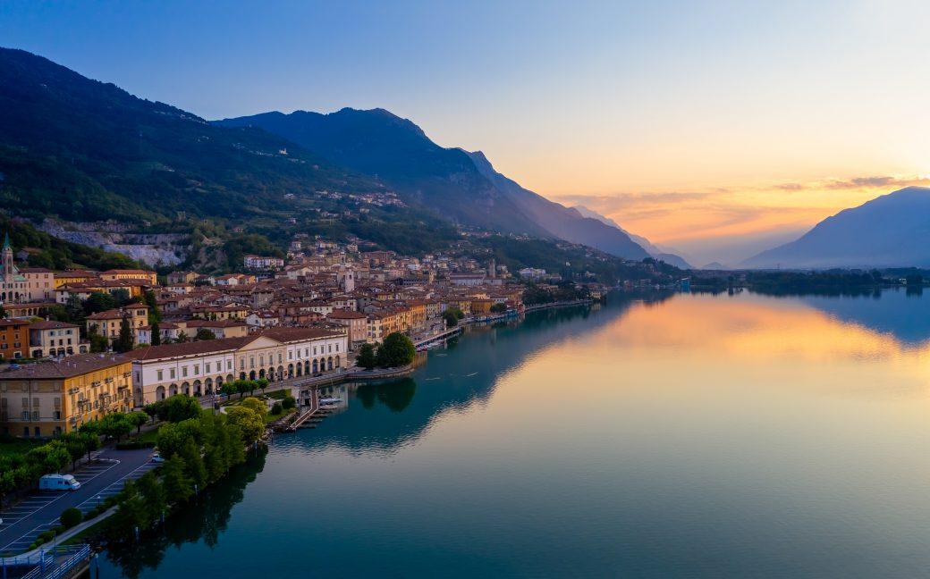 Evelin Sozzi Gestioni Immobiliari – Vendesi quadrilocale con vista Lago