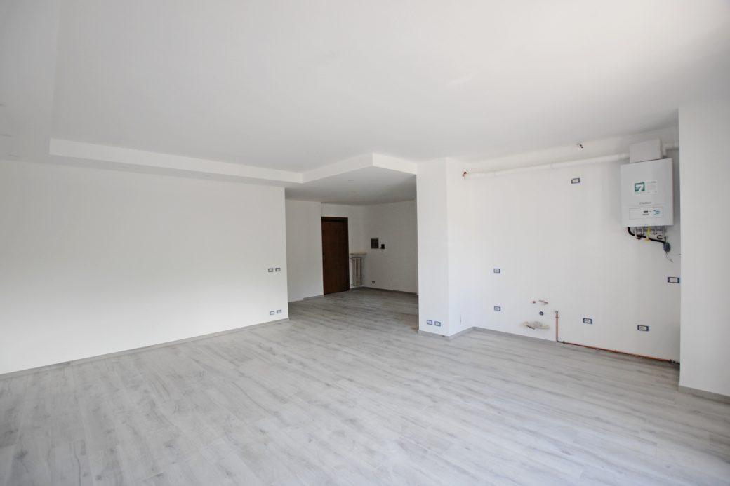 Evelin Sozzi Gestioni Immobiliari – Vendesi trilocale ristrutturato a Clusone