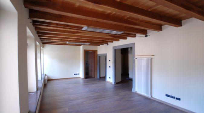 Evelin Sozzi Gestioni Immobiliari - Ufficio di pregio a Clusone in affitto