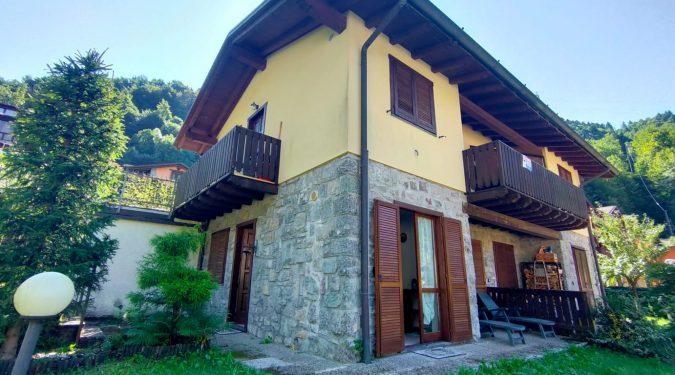 Evelin Sozzi Gestioni Immobiliari - Vendesi bilocale con giardino a Valbondione