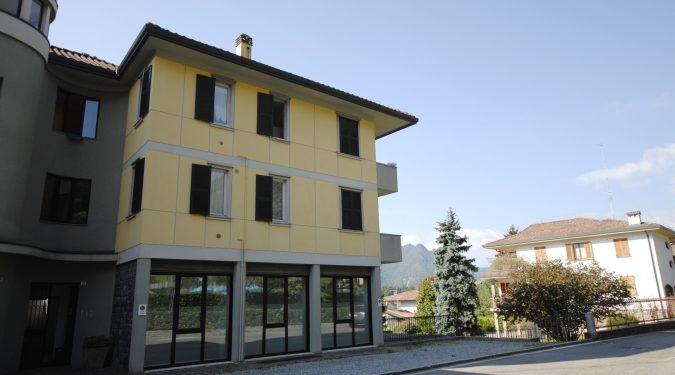 Evelin Sozzi Gestioni Immobiliari - Affittasi studio/ufficio o commerciale a Clusone