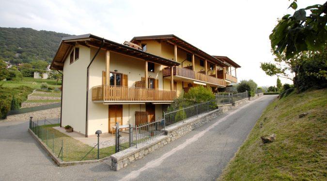 Evelin Sozzi Gestioni Immobiliari - Vendesi duplex a Bianzano